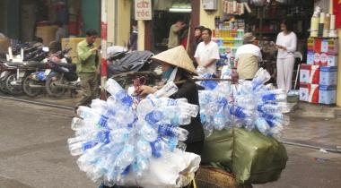 Seniorer skal være på vagt, hvis de tænker på at tage et job i Hanoi eller andre fremmede steder. Det kan bringe efterlønspræmien i fare, viser den nye afgørelse. (Arkivfoto)