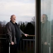 Efter en alvorlig arbejdsulykke kan 55-årige Jan Eifos klare syv timers arbejde om ugen. Men han er begyndt at tvivle på, om han nogensinde får et job.