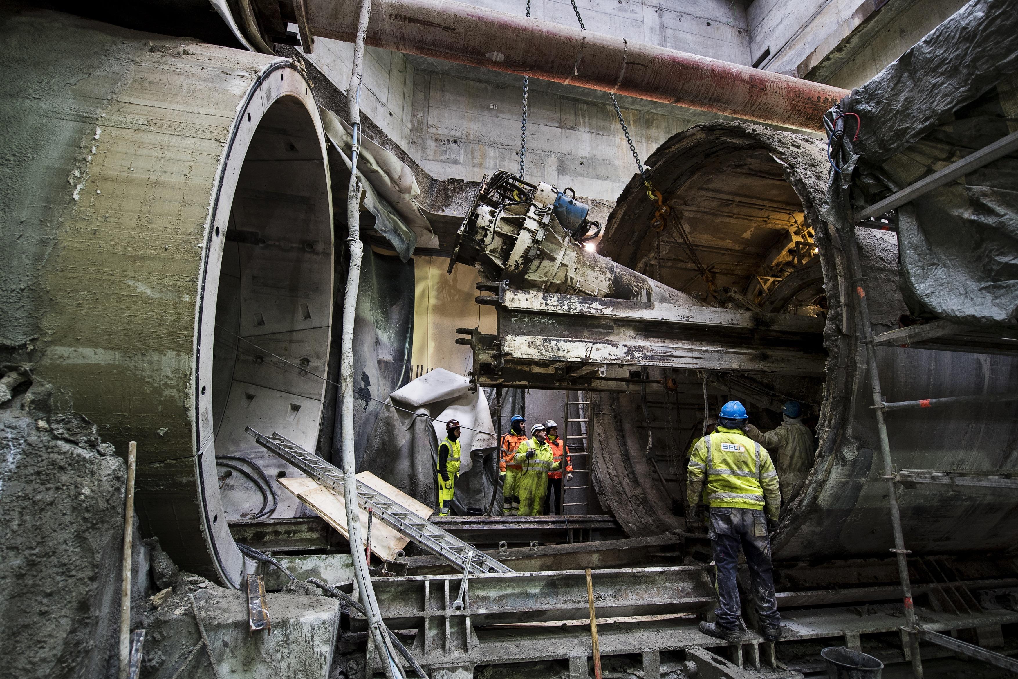Færre metroarbejdere kom til skade på metrobyggeriet sidste år end i 2015, hvor antallet var højere end nogensinde.