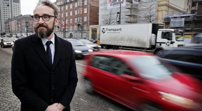 Ni transportministre går til kamp mod social dumping og vil sikre fair konkurrence.